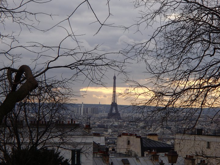 One of my favourite photos of Paris. Taken from the Sacre Coeur, this is Paris at dusk. Before she wakes up.