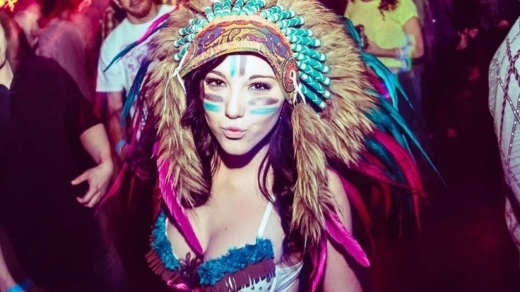 Native American headresses have slowly been banned at various music festivals. Source