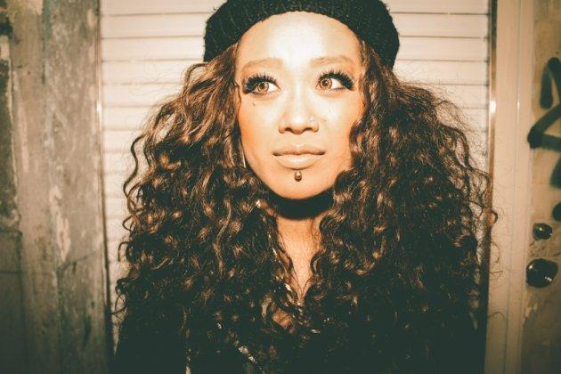 B Style Japanese girl. Source