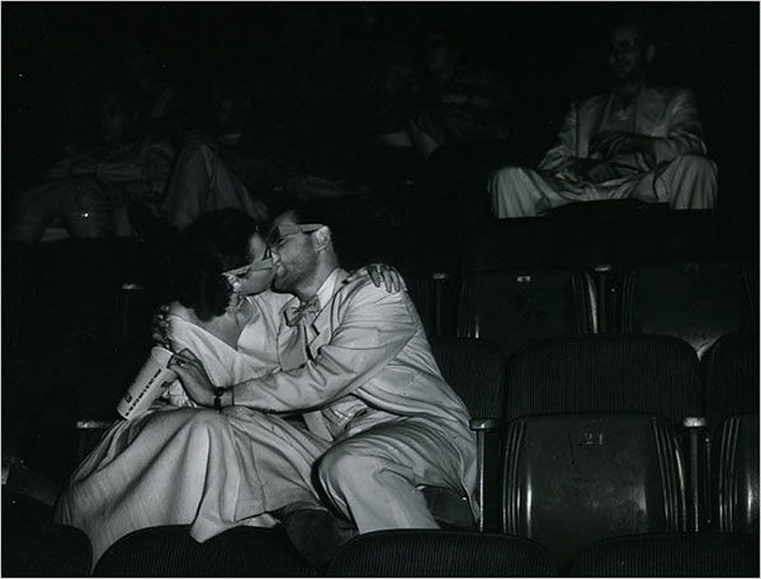 Weegee's Lovers at the Palace Theatre. Source