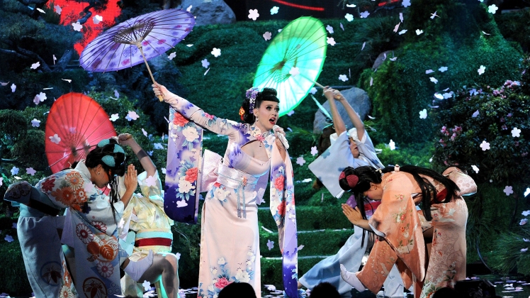 LOS ANGELES, CA - NOVEMBER 24: Singer Katy Perry performs onstage during the 2013 American Music Awards at Nokia Theatre L.A. Live on November 24, 2013 in Los Angeles, California. (Photo by Kevin Winter/Getty Images) Source