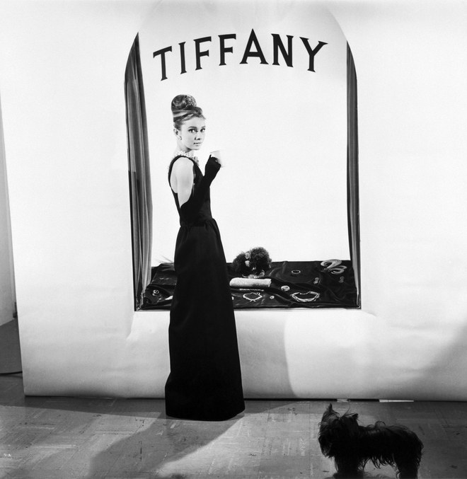11-breakfast-at-tiffanys-store.jpg